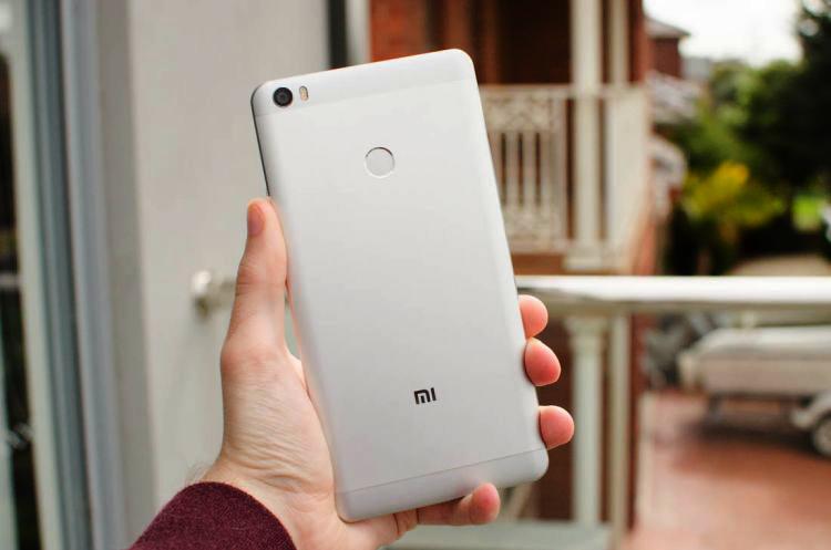 danh gia xiaomi mi max 4 1 - Điện thoại Xiaomi Mi Max: Smartphone tầm trung màn hình khủng