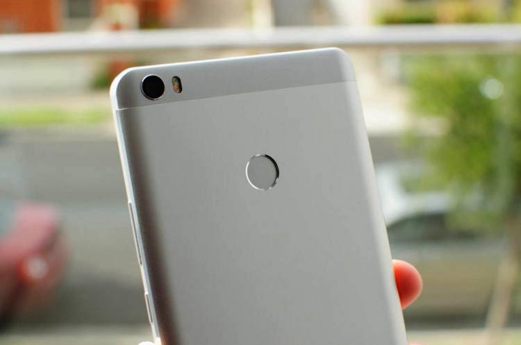 danh gia xiaomi mi max 5 1 - Điện thoại Xiaomi Mi Max: Smartphone tầm trung màn hình khủng