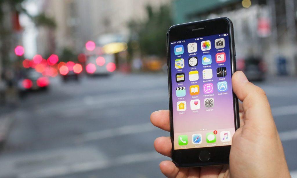 dien thoai iphone khong sac duoc pin 4 1 1024x614 - Nguyên nhân khiến chiếc điện thoại Iphone không nhận sạc Pin