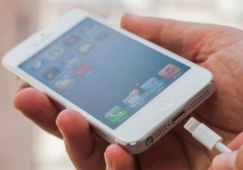 sac pin dung cach cho iphone 2 1 - Hướng dẫn sạc pin đúng cách cho iPhone 6 cũ để tránh bị chai pin