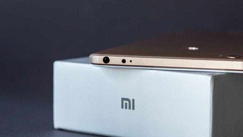 xiaomi mi max 1 - Điện thoại Xiaomi Mi Max 2 cấu hình tầm trung, quay phim 4K