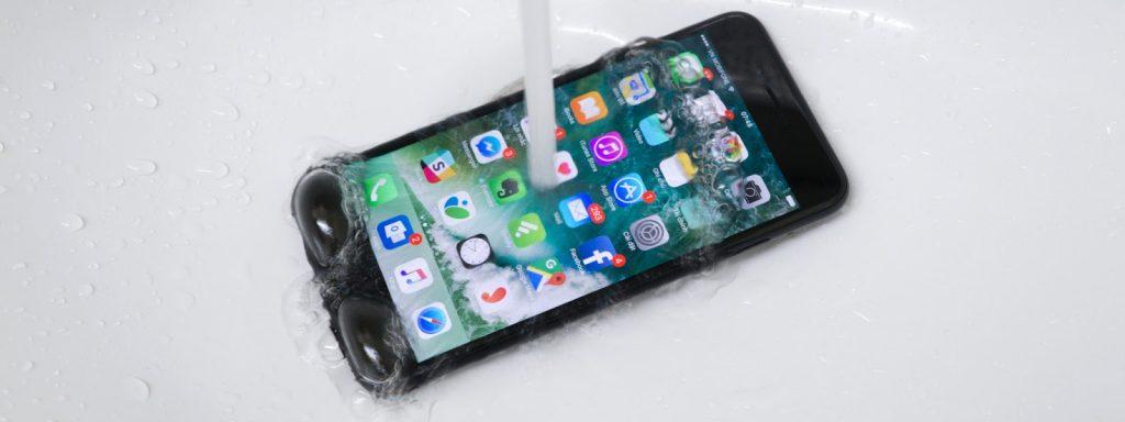 loan cam ung iphone 2 1 1024x384 - Những nguyên nhân khiến Iphone thường xuyên bị loạn cảm ứng