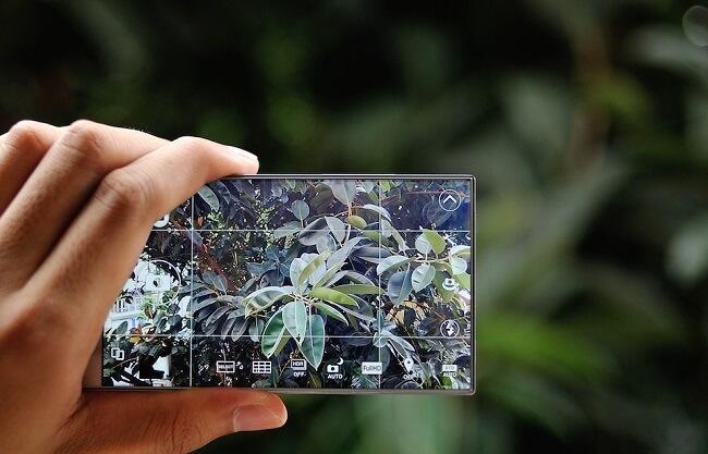danh gia dien thoai sharp aquos crystal 305sh 11 1 - Đánh giá điện thoại Sharp Aquos Crystal 305SH