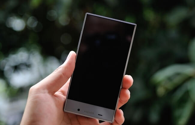 danh gia dien thoai sharp aquos crystal 305sh 6 1 - Đánh giá điện thoại Sharp Aquos Crystal 305SH
