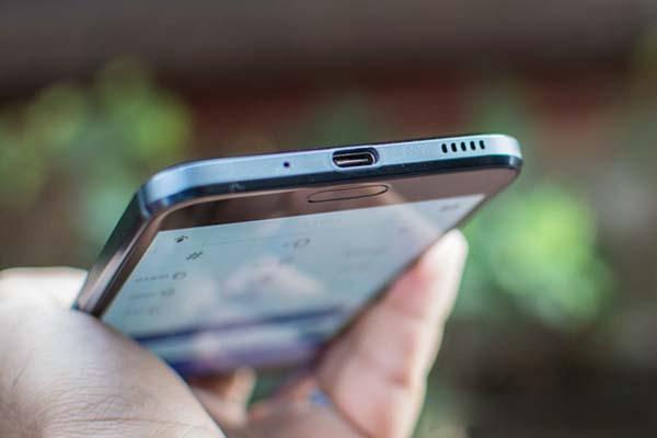 htc 10 evo cu danh gia thiet ke 5 - Đánh giá điện thoại HTC 10 Evo có tốt không?