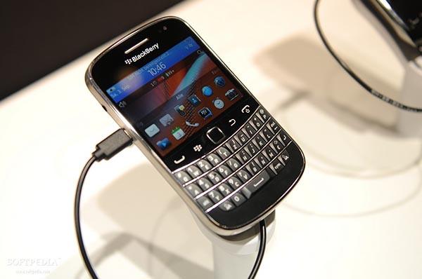 blackberry bold 9900 cau hinh - Đánh giá điện thoại Blackberry Bold 9930 có tốt không?